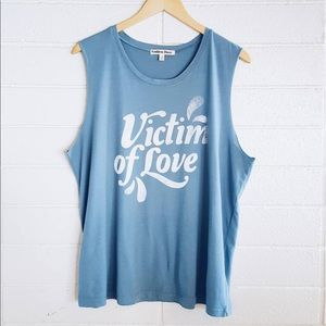 Chaser Tops - Golden Daze graphic tank top victim of love