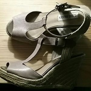Steve Madden nude wedge sandals