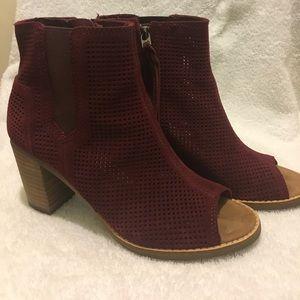 Toms Shoes - Toms Burgundy Heels!