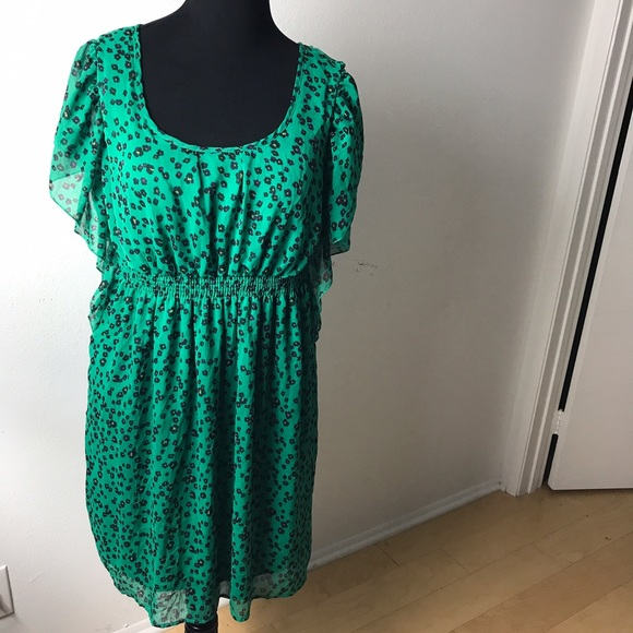 Pure Energy Kelly Green plus size Dress