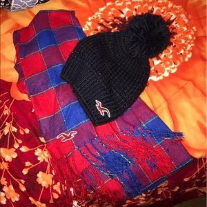 Hollister Accessories - Black hat