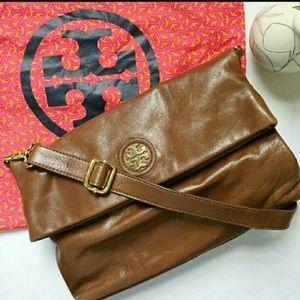 Tory Burch Handbags - Tory Burch Dena foldover cross body bag