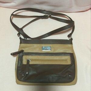 Nine West Handbags - Nine West cross body purse