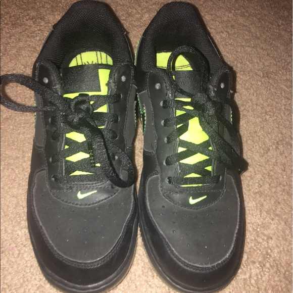 Black and lime green air force ones size 3