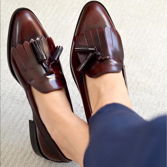 9d31540d59c Everlane Shoes - Everlane tassel loafer