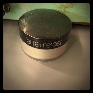 Laura Mercier Other - Laura Mercier Translucent setting powder