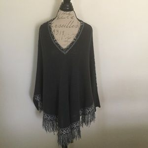 NWOT V-Neck Sweater Poncho by Rue 21