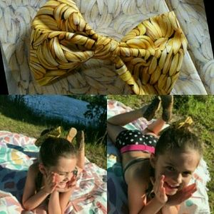 "Other - The "" going bananas "" hair bow"