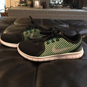 Nike Other - Boys Nike Free Shoes