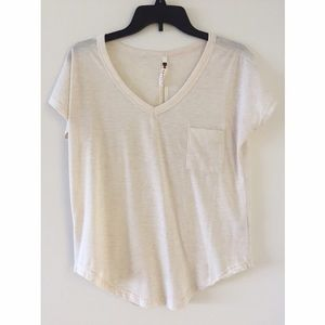 Poof! Tops - Top w/ Front Pocket