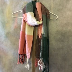 Accessories - Color Square scarf