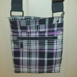 Dakine Handbags - Lightweight Dakine Crossbody