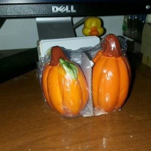 Other - fall salt and pepper shackers