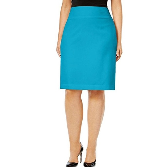 c937fe80a13 Alfani Dresses   Skirts - Final Price Drop. NWOT Alfani Classic Pencil Skirt
