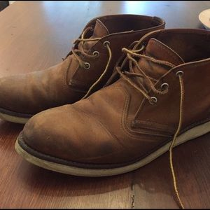 Red Wing Shoes Other - Red Wing Classic Heritage Chukka leather boots
