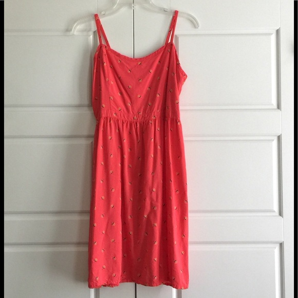Old Navy Dresses & Skirts - Coral Spaghetti-Strap Floral Print Summer Dress