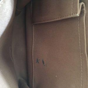 Louis Vuitton Bags - Authentic Louis Vuitton bosphore messenger