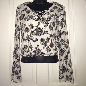 La Hearts Tops - Pacsun Floral Top with Bell Bottom Sleeves Lace Up