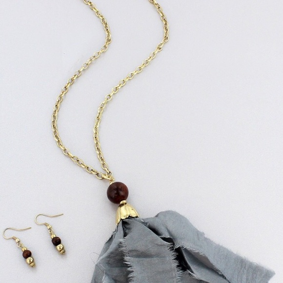 Buy Kundan Choker Necklace Priya Nacc10438c: 35% Off Pink Peplum Boutique Jewelry