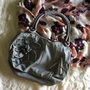 🌸Gray Soft Leather Boutique Purse w Detailing🌸