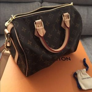 Louis Vuitton Handbags - LOUIS VUITTON SPEEDY 25 BANDOULIERE MONOGRAM