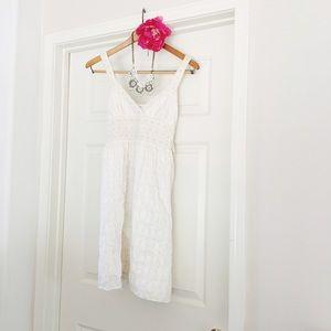 {studio m} 🌿 petite white eyelet lace Dress
