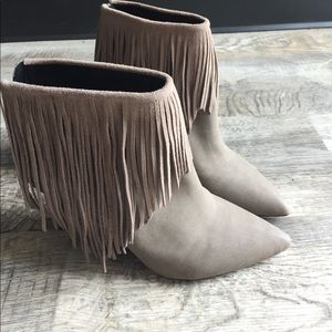 lust for life Shoes - Lfl Grey suede fringe heeled point toe boots new