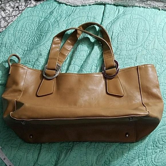 53813badb22 Aldo Handbags - LAST CHANCE! LOWEST PRICE! Cute Aldo Bag