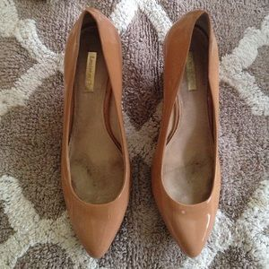 "Louise et Cie ""Marlah"" Nude Wedges- used"