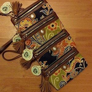 Spartina 449 Handbags - Spartina 449 Linen & Leather Tassel Wristlet