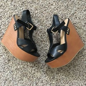 Soda Shoes - Wedges 🎀