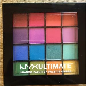 Nyx Ultimate Shadow Palette in Brights