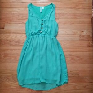 Aina Be Dresses & Skirts - Mint Dress with Buttons