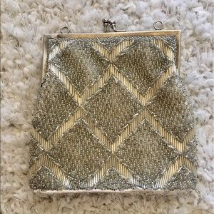 Vintage Handbags - 1950's Beaded Clutch.