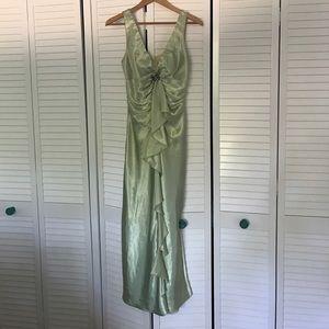 Dresses & Skirts - Vintage looking green formal dress