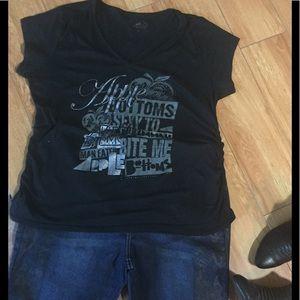 Apple Bottoms Tops - 🍎 Apple Bottoms T-shirt 🍎