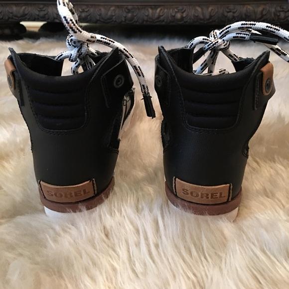 36 Off Sorel Shoes Sorel Torpeda Lace Up Gladiator