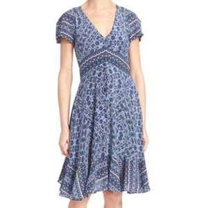 Rebecca Taylor Dresses & Skirts - Rebecca Taylor Short Sleeve Silk Print Dress