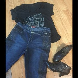 Apple Bottoms Denim - NWOT Plus Size Apple Bottoms Skinny Jeans