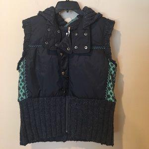 Free People Jackets & Blazers - Free People puffer vest