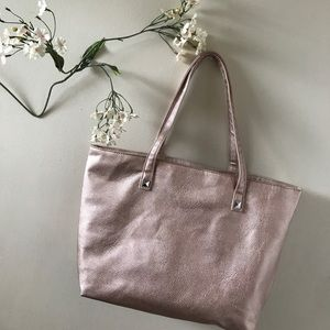 matrix Handbags - Rose gold purse !!