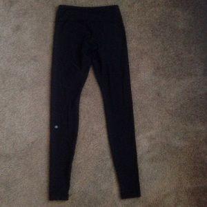 lululemon athletica Pants - Lululemon reversibles leggings size 6