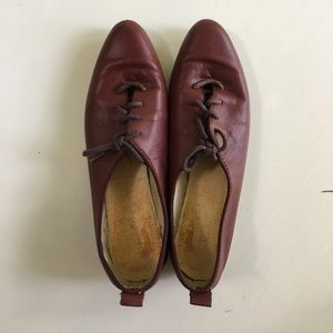 Vintage red leather oxfords