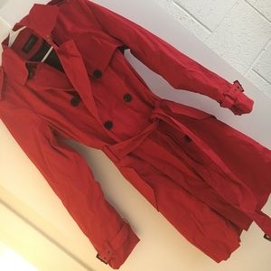 Banana Republic Trench Coat 🌶