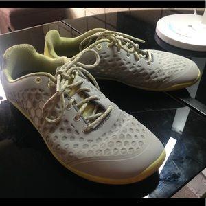 Vivo barefoot Shoes - Vivobarefoot stealth size 9