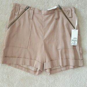 NWT 2BRYCH SPICE COLORED FLAT FRONT CUFFED SHORTS