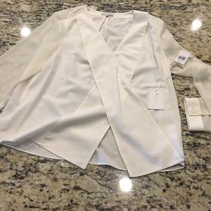 1. State Tops - Nwt blouse 1.state size large super cute