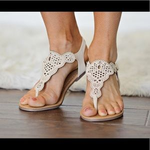 ❗️CLEARANCE ❗️Nude Cut Out Thong Sandal