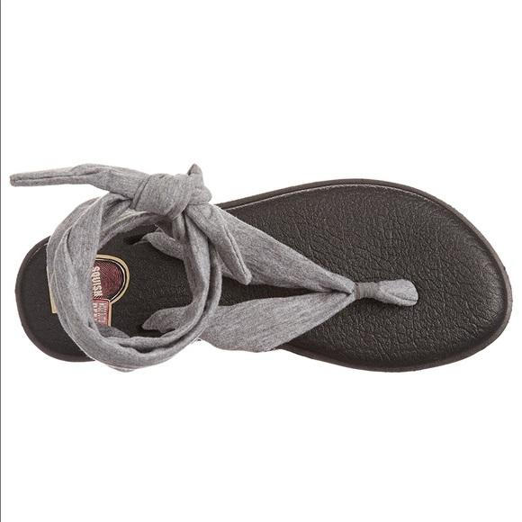 54 Off Sanuk Shoes New In Box⭐so Comfy⭐️sanuk Yoga Mat