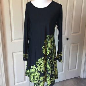 Urban Mango Dresses & Skirts - Black and green urban mango dress